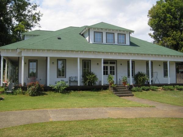 river house design